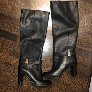Black boots by Enzo Angiolini
